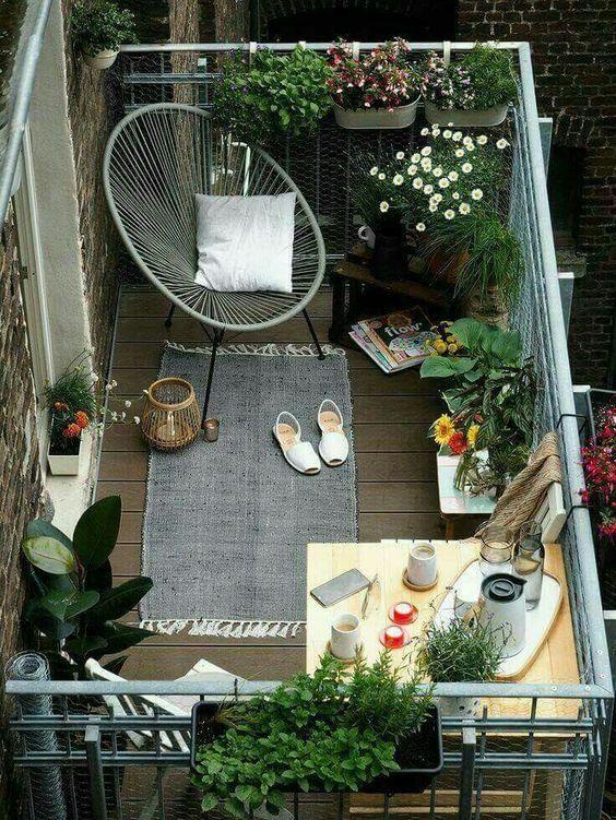 ban cong xanh thu gian 3 - #35 Kiểu ban công xanh [ĐẸP] ở chung cư, nhà ở năm 2020