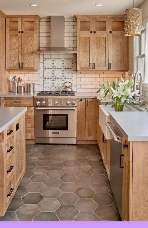 phong bep dep co dien 13 519x800 - #45 Mẫu phòng bếp đẹp hiện đại được quan tâm nhất hiện nay
