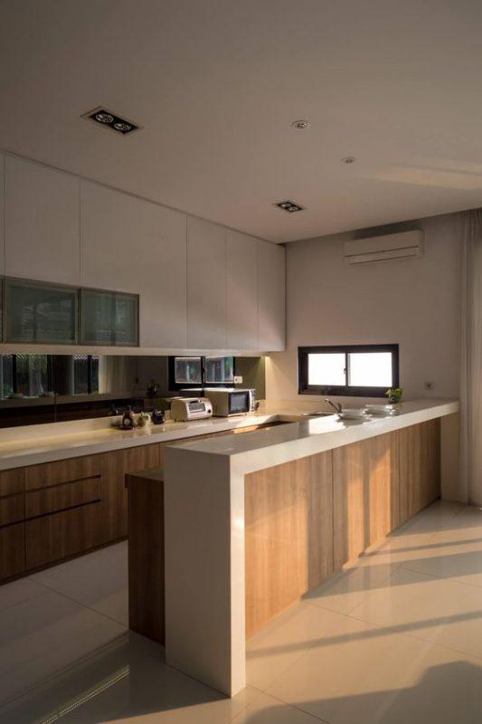 phong bep dep hien dai 1 533x800 - #45 Mẫu phòng bếp đẹp hiện đại được quan tâm nhất hiện nay