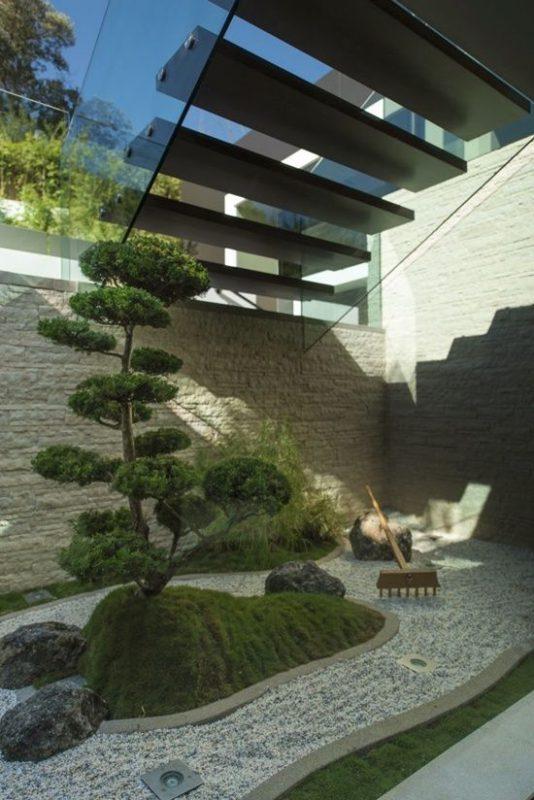 tieu canh cau thang rong 8 534x800 - #33 Mẫu tiểu cảnh cầu thang đẹp [trang trí] nhà ở năm 2021