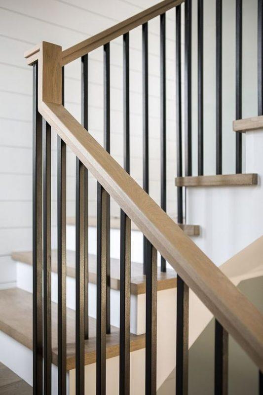 cau thang sat hop dep 10 533x800 - #55 Mẫu cầu thang sắt đẹp [thích hợp] mọi không gian nhà ở.