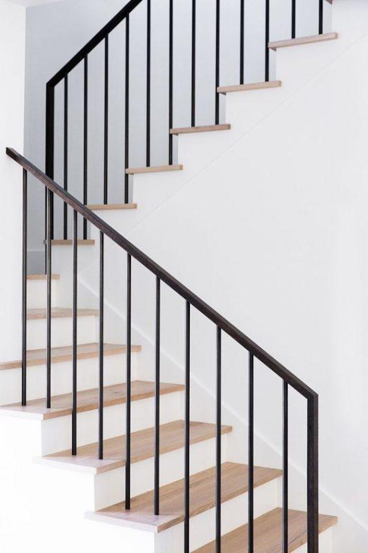 cau thang sat hop dep 2 533x800 - #55 Mẫu cầu thang sắt đẹp [thích hợp] không gian nhà ở.