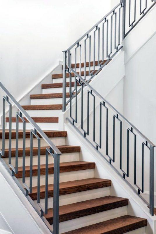 cau thang sat hop dep 5 535x800 - #55 Mẫu cầu thang sắt đẹp [thích hợp] mọi không gian nhà ở.