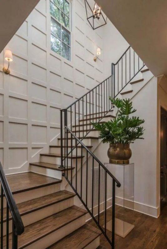 cau thang sat hop dep 7 535x800 - #55 Mẫu cầu thang sắt đẹp [thích hợp] mọi không gian nhà ở.