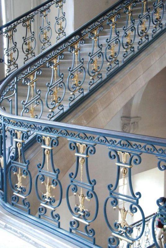cau thang sat nghe thuat my thuat dep 2 535x800 - #55 Mẫu cầu thang sắt đẹp [thích hợp] không gian nhà ở.
