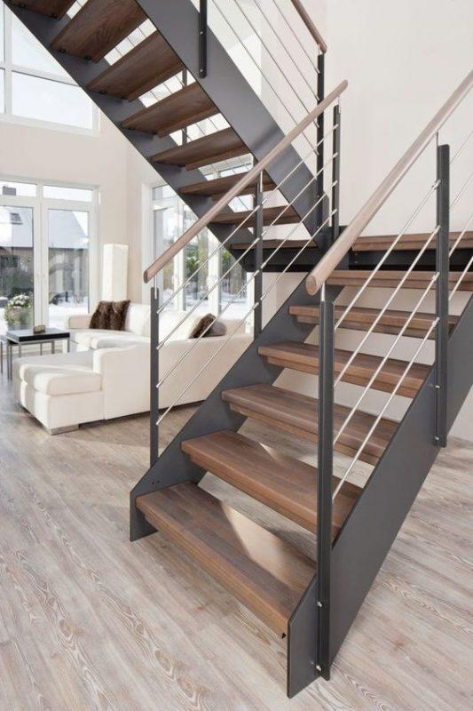 cau thang sat op bac go dep 5 533x800 - #55 Mẫu cầu thang sắt đẹp [thích hợp] không gian nhà ở.