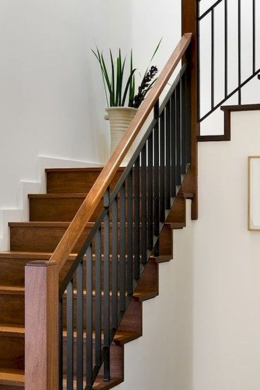 cau thang sat tay vin go dep 6 533x800 - #55 Mẫu cầu thang sắt đẹp [thích hợp] mọi không gian nhà ở.