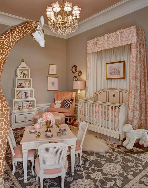 phong ngu tan co dien cho be gai 4 - #29 Mẫu phòng ngủ tân cổ điển đẹp HOT nhất thời điểm này