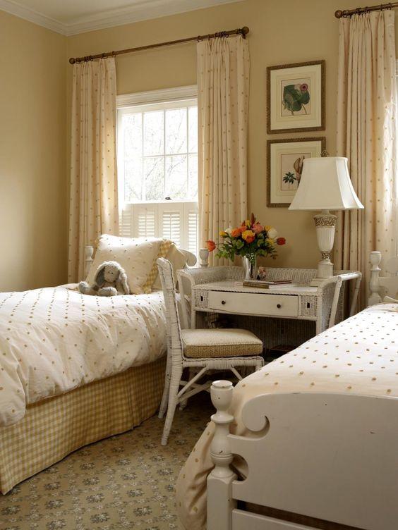 phong ngu tan co dien ong ba 6 - #29 Mẫu phòng ngủ tân cổ điển đẹp HOT nhất thời điểm này