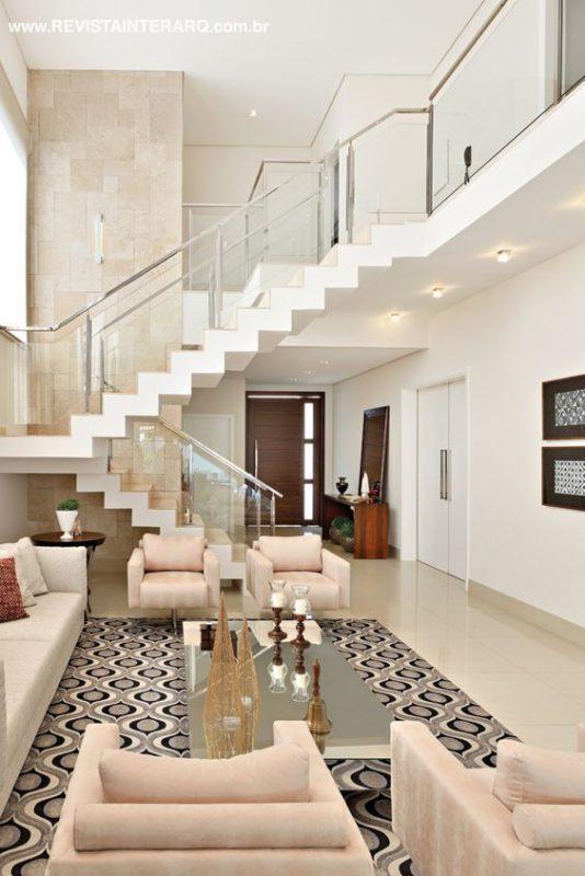 cau thang giua nha 2 534x800 - #Mẫu thiết kế cầu thang giữa nhà đẹp được [thịnh hành] năm 2020