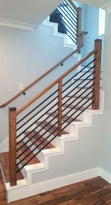 cau thang go sat dep 4 436x800 - #29 Mẫu cầu thang gỗđẹp 2020 ưa chuộng HOT nhất tại TPHCM