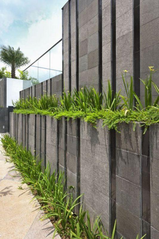 da che tu nhien op tuong hang rao 4 533x800 - Trang trí đá chẻ tự nhiên ốp tường đẹp cho không gian nhà ở