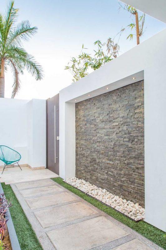 da che tu nhien op tuong hang rao 5 533x800 - Trang trí đá chẻ tự nhiên ốp tường đẹp cho không gian nhà ở