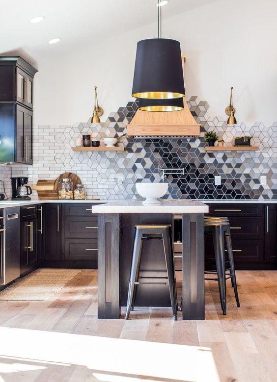 gach luc giac op tuong phong bep 7 - Gạch lục giác ốp tường ứng dụng vào không gian trong ngôi nhà đẹp
