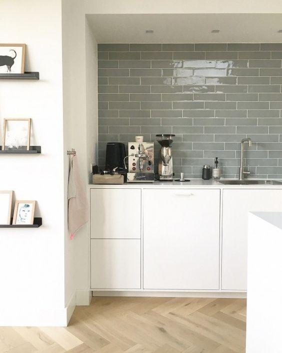 gach op bep dep hien dai 5 - Các mẫu gạch ốp bếp đẹp cho tường BẾP với từng phong cách