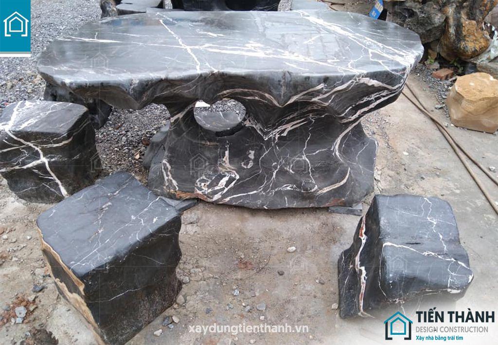 ban ghe da tu nhien 2 - Chiêm ngưỡng các mẫu bộ bàn ghế đá tự nhiên đẹp mê ly