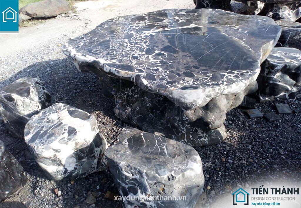 ban ghe da tu nhien 3 - Chiêm ngưỡng các mẫu bộ bàn ghế đá tự nhiên đẹp mê ly